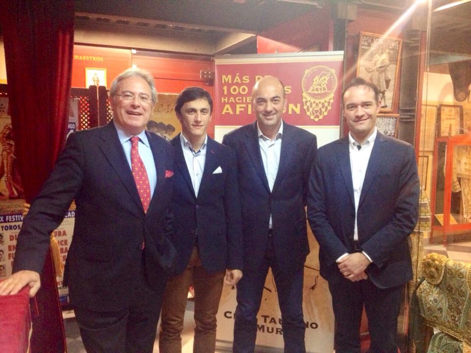 Alfonso Avilés, Gonzalo González y Pedro Marín Mellinas acompañaron a Filiberto en este Martes Taurino